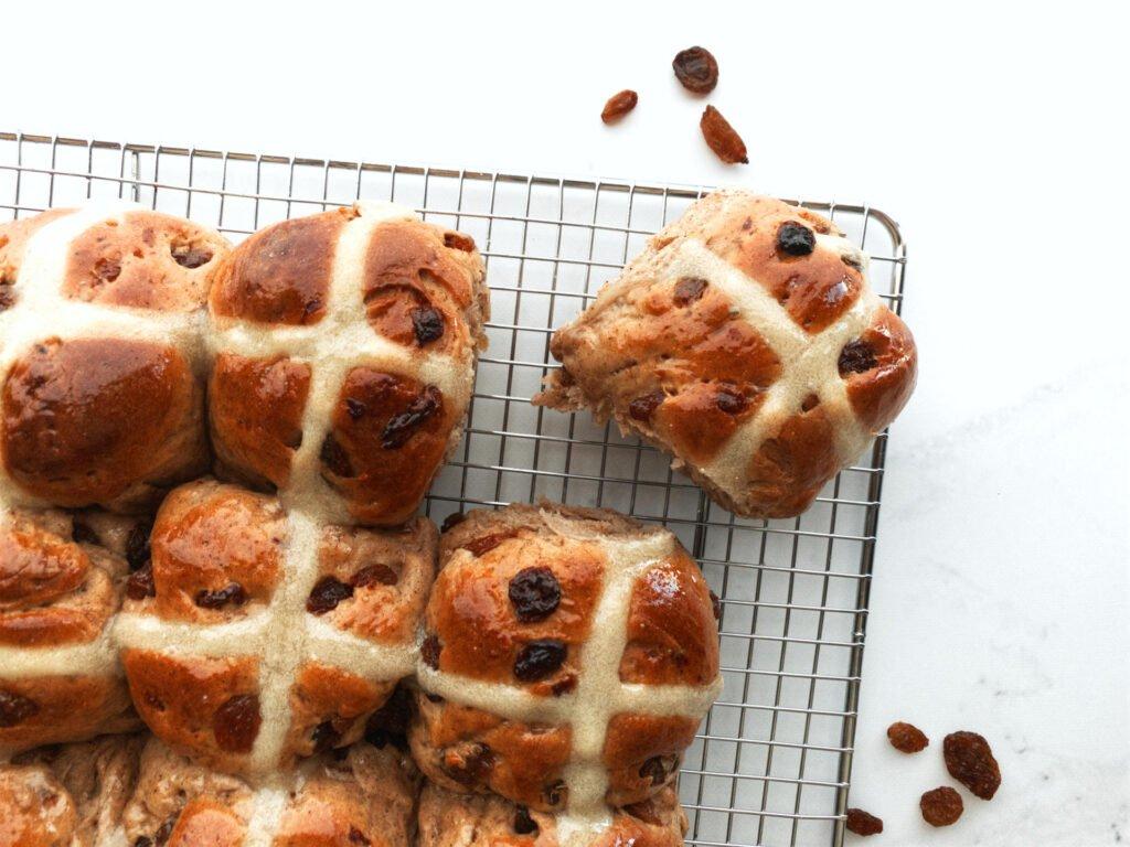 Delicious hot cross buns